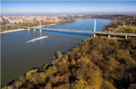 001-Novi-Sad-met-Donau-panorama