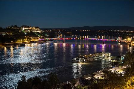 011-Novi-Sad-Regenboogbrug
