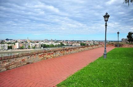 020-Novi-Sad-stadspark