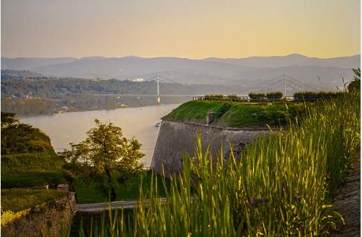 030-Novi-Sad-Donau-vanaf-Fort-Petrovaradin