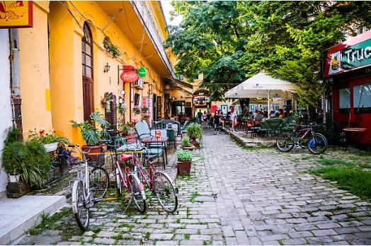 034-Novi-Sad-Zmaj-Jovina-straat