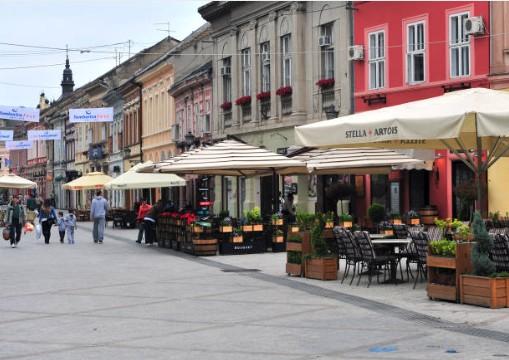 050-Novi-Sad-winkelstraat