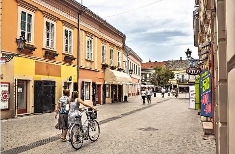 063-Novi-Sad-Dunavska-straat