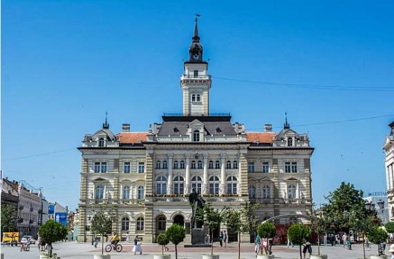 072-Novi-Sad-stadhuis