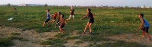 voetballen met Roma-kinderen